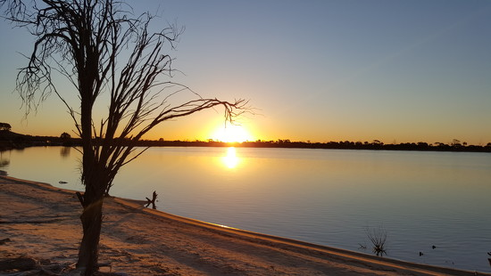 Sunset at Lake Magic by leestevo