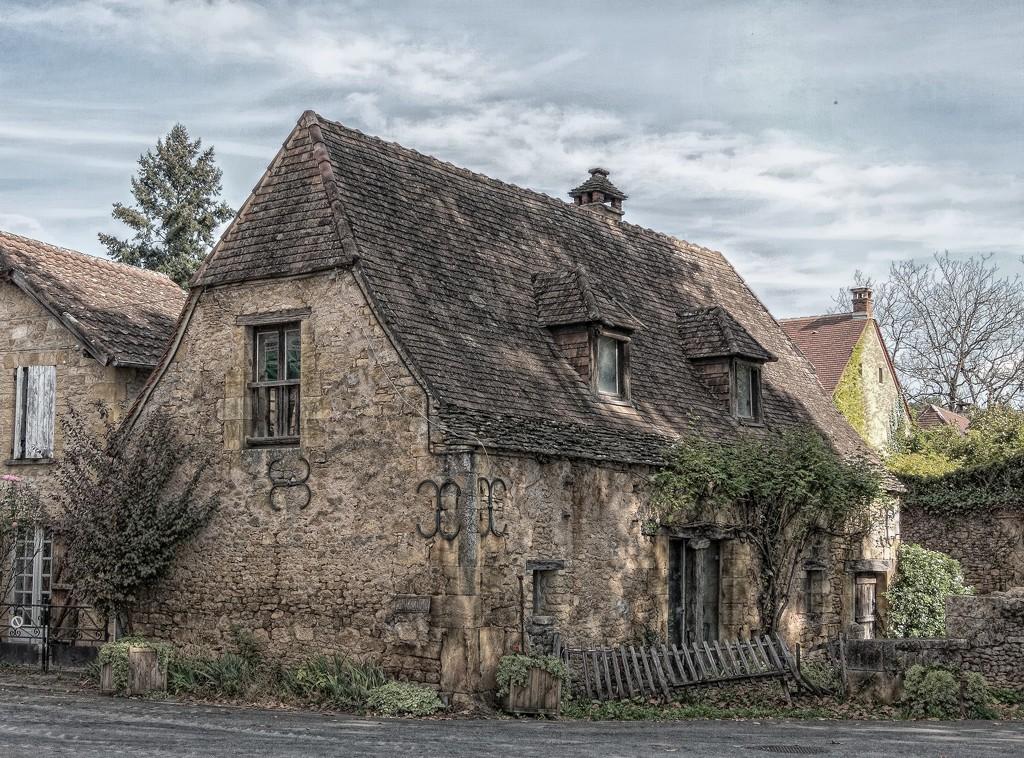283 - Cottage at St Leon sur Vezere by bob65