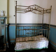 16th Oct 2017 - Childs bed, Colonial style