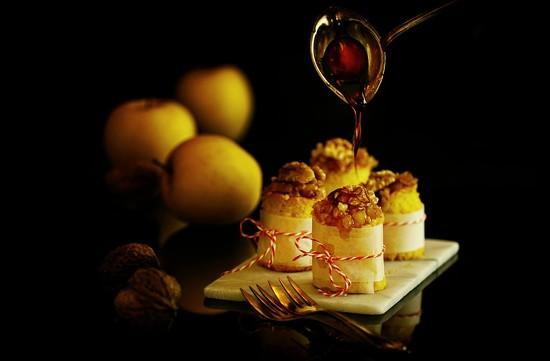 2017-10-15 tiny apple-walnut-caramel cakes anyone? by mona65