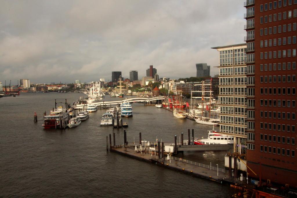 Hamburg docks by busylady