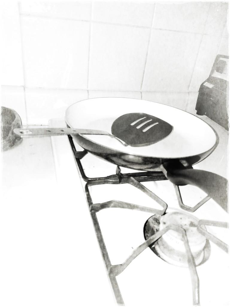 Mundane Frying Pan. ready for eggs! by kathyboyles