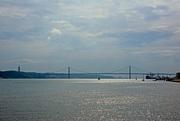 11th Sep 2017 - 25 de Abril Bridge