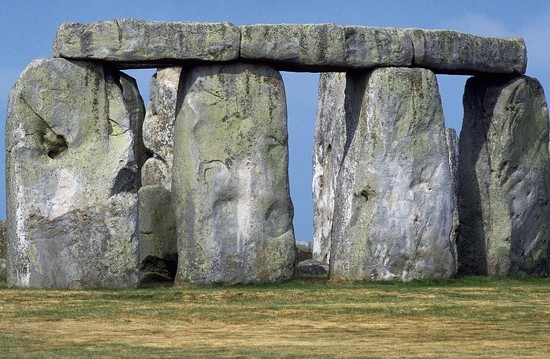 11 Stonehenge National Heritage Site by travel