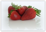 3rd Nov 2017 - Strawberry time...