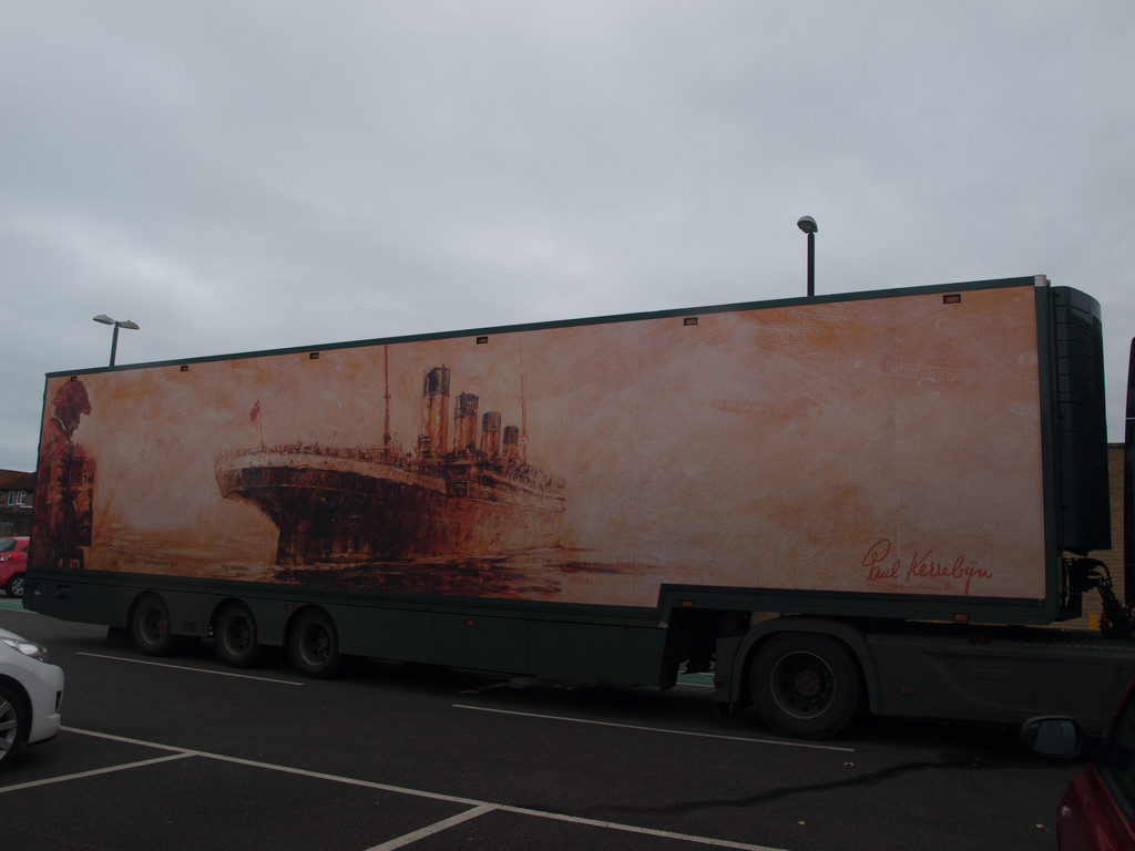 Lorry 2 by josiegilbert