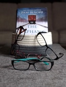 12th Nov 2017 - How many pairs of glasses does it take to read one book?