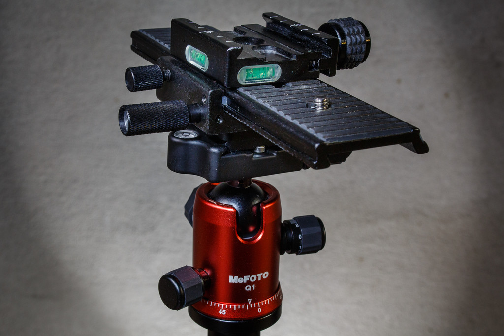 My unnecessarily complicated macro slider rig. by batfish