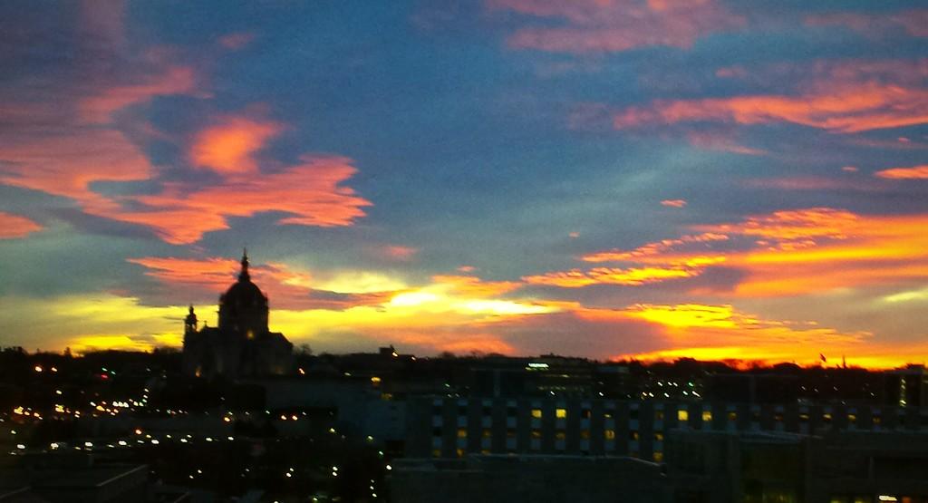 St Paul Sunset by caitnessa