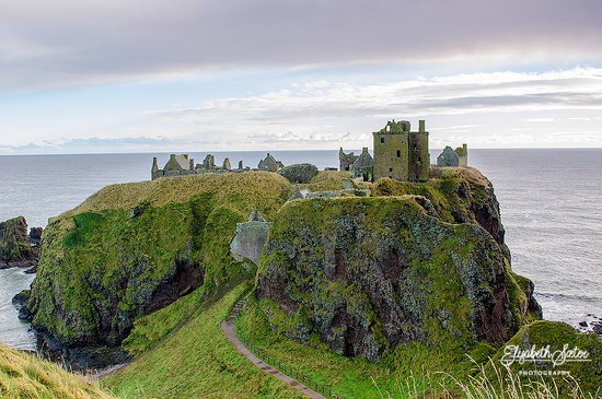 Dunnottar Castle by elisasaeter