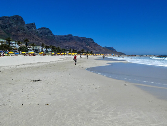 Camps Bay beach..... by ludwigsdiana