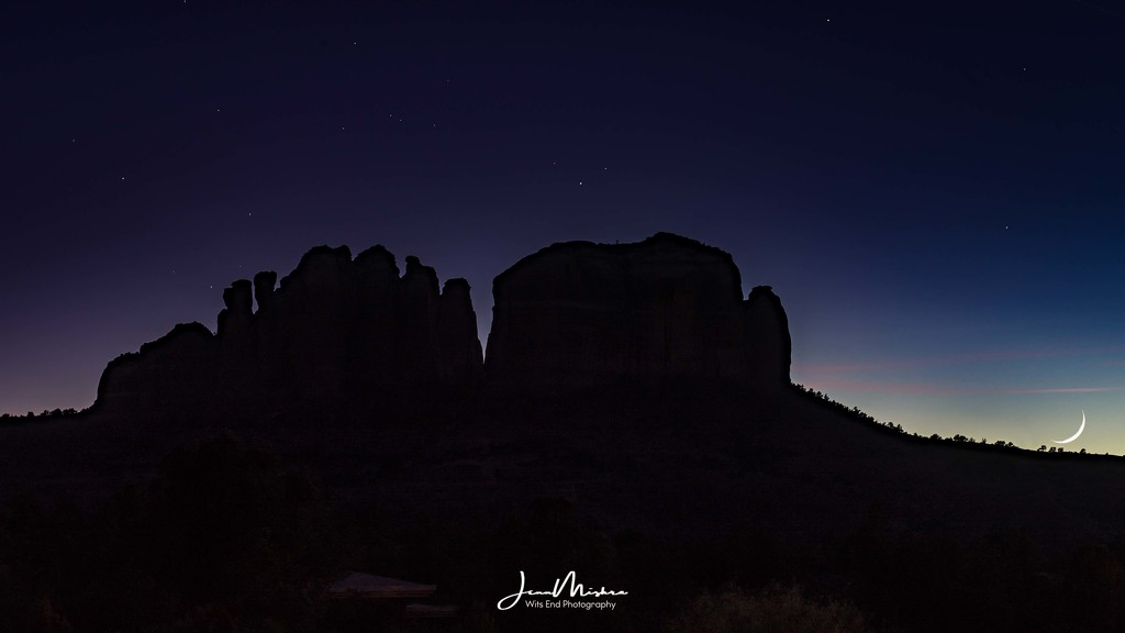 Moon Sets over Sedona by jae_at_wits_end