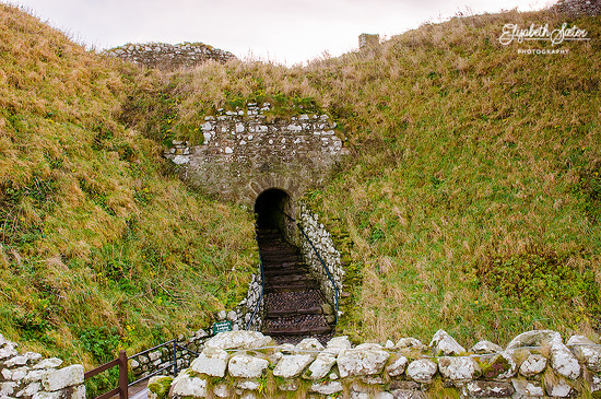 The entrance to Dunnottar Castle by elisasaeter