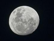 3rd Dec 2017 - 1st Moon in December........
