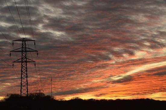 Electric Sky by redandwhite