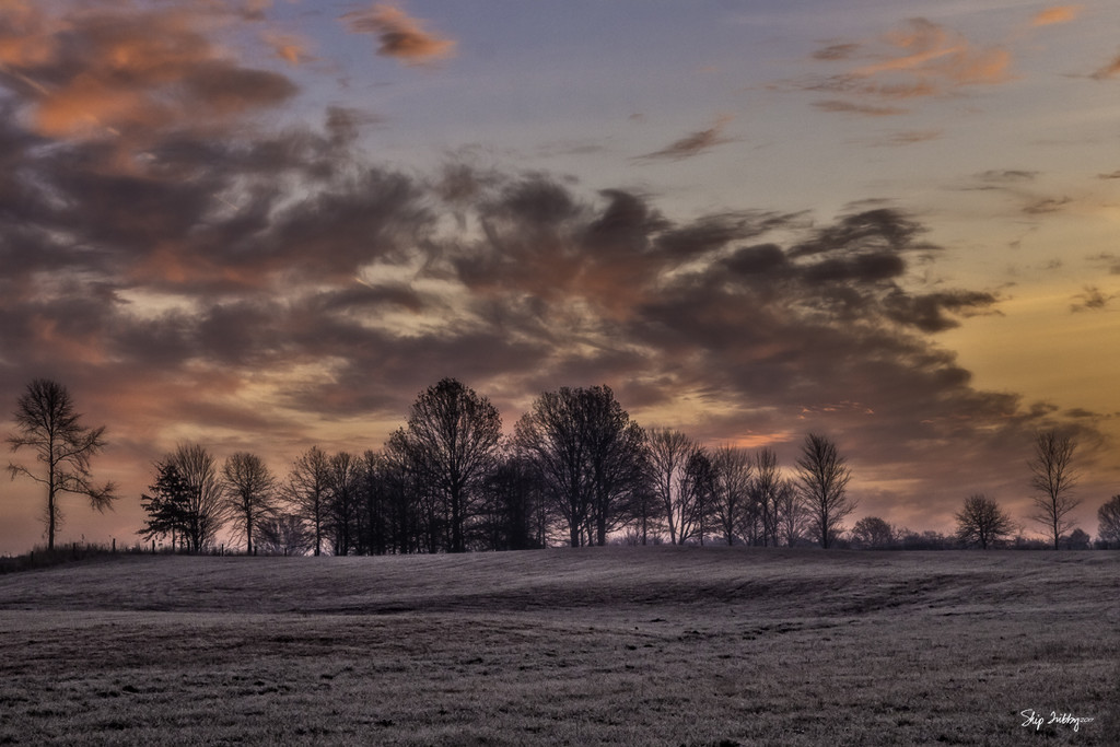 Sunrise on a Frosty Morning by skipt07