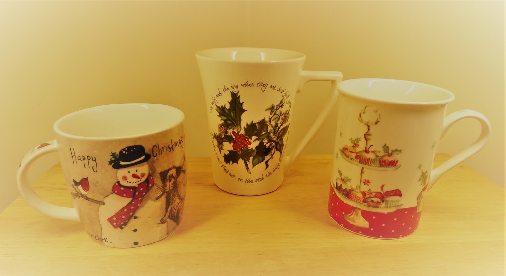 Time To Get The Christmas Mugs Out by susiemc