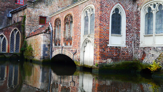 Back streets of Bruges by suesmith