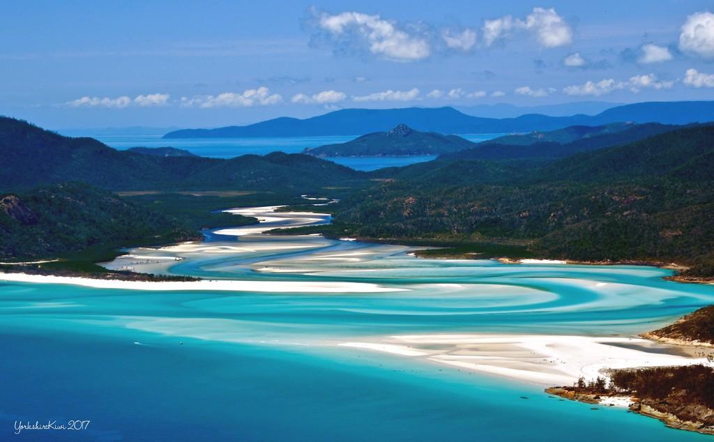 Whitsunday Island by yorkshirekiwi