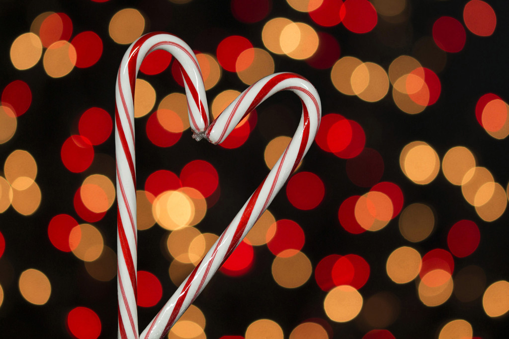 Candy Cane Heart by gaylewood