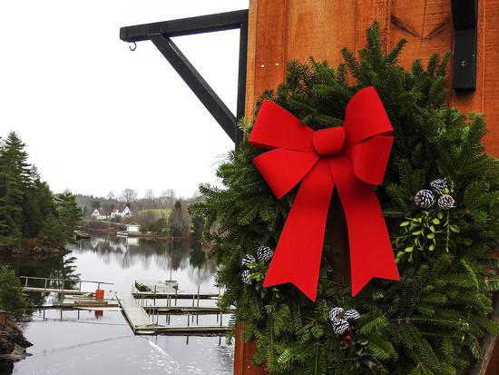 A Nova Scotia Christmas by Weezilou