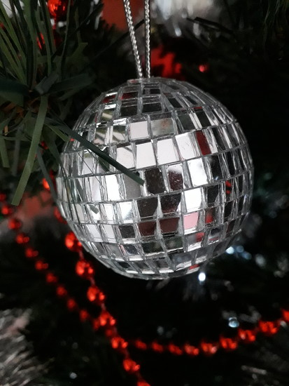 Mirror Ball by mave