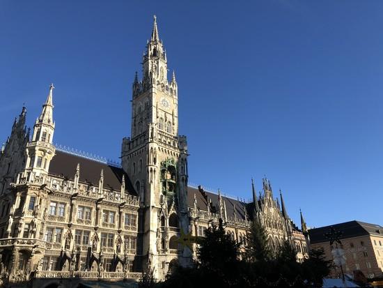 Munich by bizziebeeme