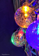 16th Dec 2017 - Bauble lights