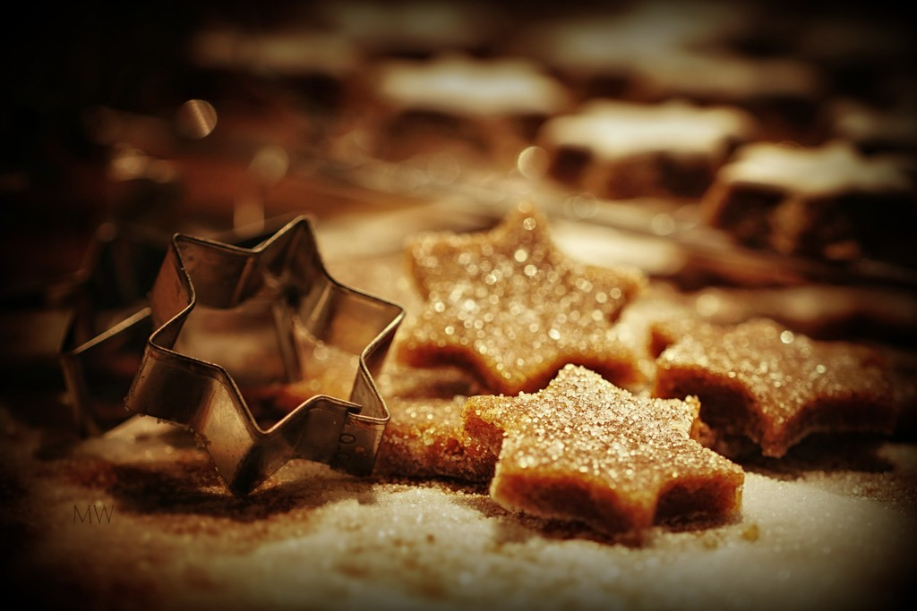2017-12-17 zimtsterne (cinnamon stars) in the making  by mona65