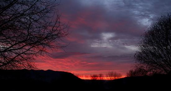 Sunrise in Winter by calm