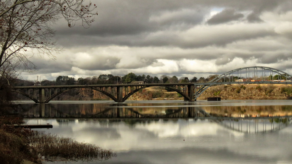 Clouds on the River by milaniet