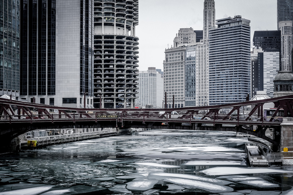 It's Freezing in Chicago...and I love it! by ukandie1