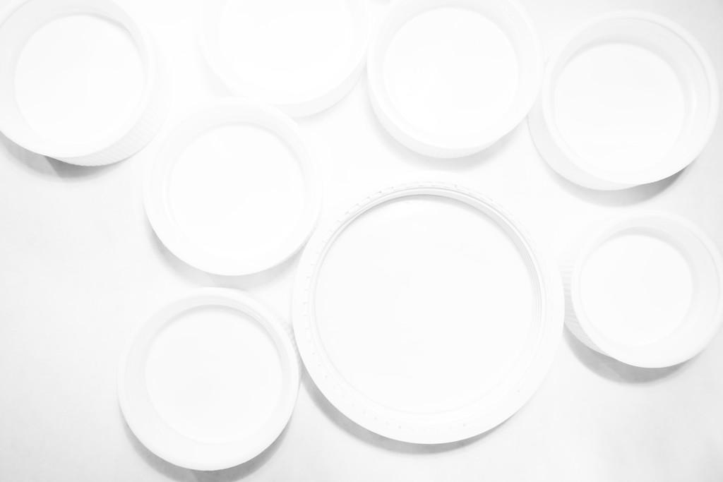 Edges - White Circles SOOC by granagringa