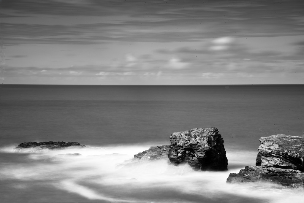 Port Gaverne Long Exposure by seanoneill