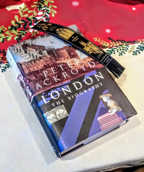 Peter Ackroyd's London by boxplayer