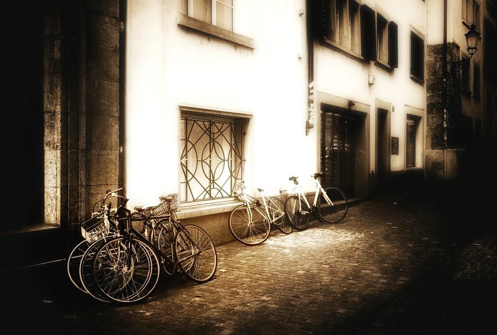 2018-01-29 bikes in a little alley... by mona65