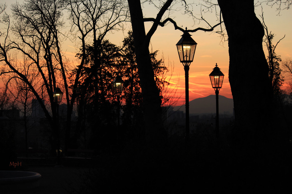 Walking on sunset.... by cherrymartina