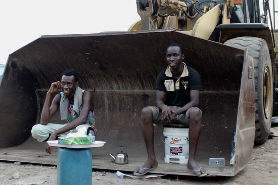 Abidjan workers by vincent24