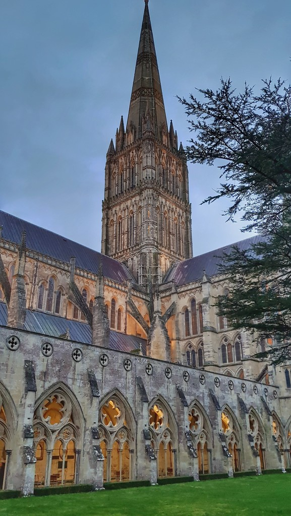 Salisbury Cathedral  by megpicatilly