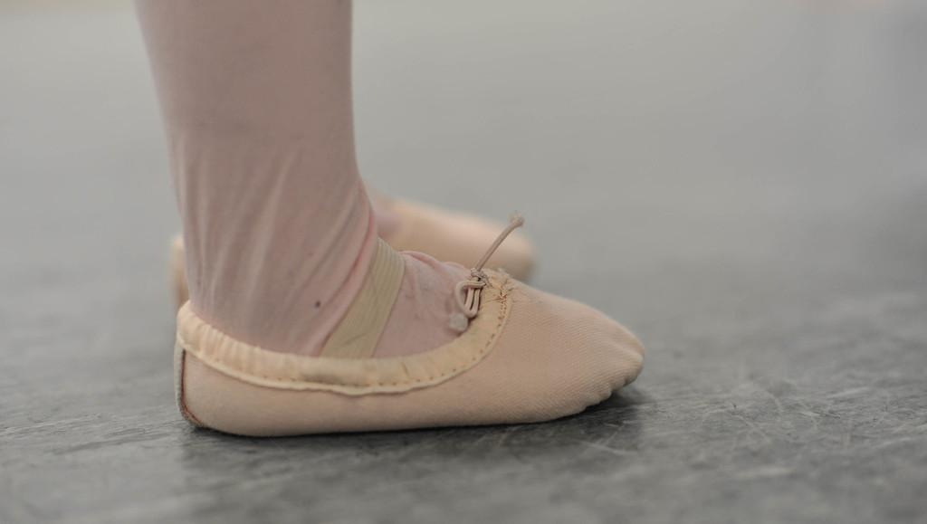 Ballet Class 2 by loweygrace