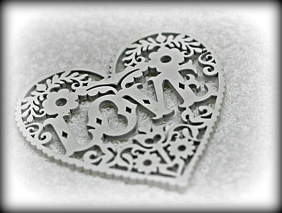 Love  Heart. by wendyfrost