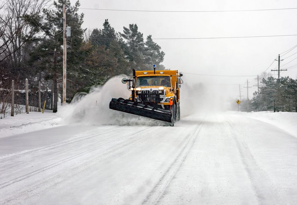 Snowplow by farmreporter