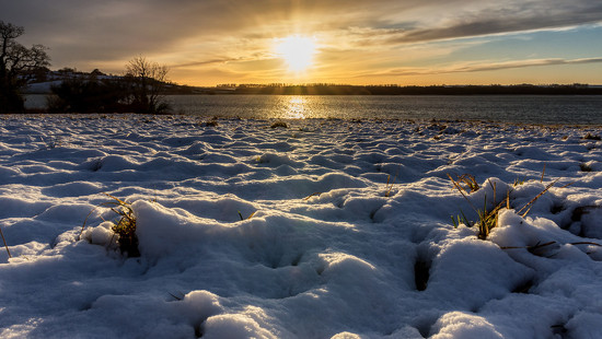 Sun and Snow by rjb71