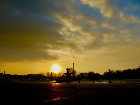 Sunset at the Place de la Concorde by jamibann