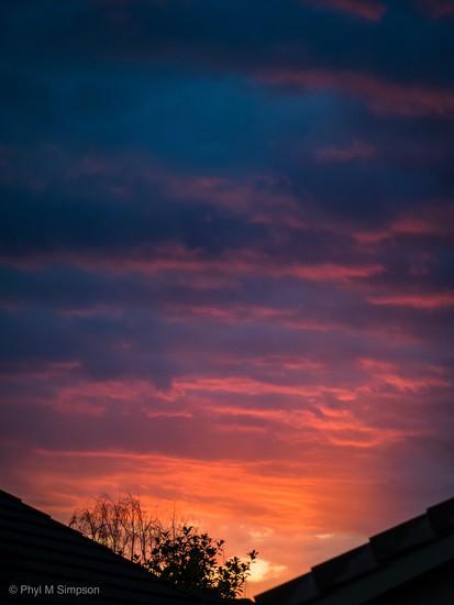 Afterglow II  by elatedpixie