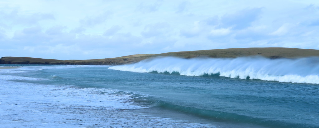 St Ninians Breakers by lifeat60degrees