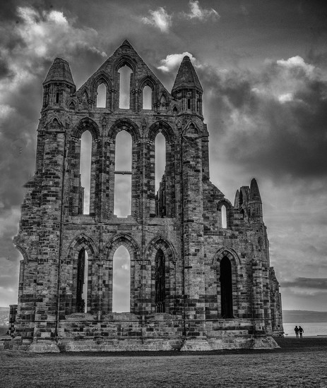 Whitby Abbey by inthecloud5