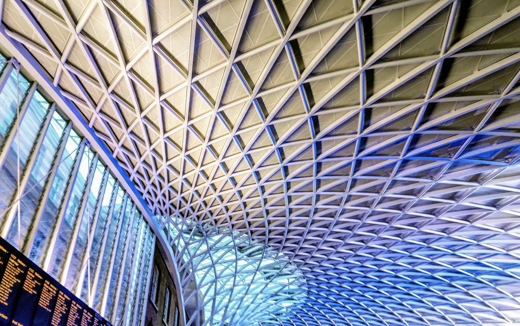 King's Cross station by boxplayer