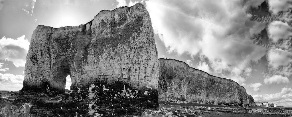 Chalk Cliffs by fbailey