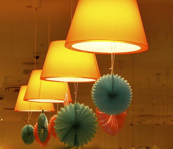 Bright Lights by redandwhite
